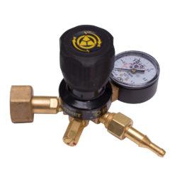 http://balon.kiev.ua/shop/gazovoe-oborudovanie/gazovyie-reduktoryi-regulyatoryi-rashoda-gaza/regulyator-rashoda-gaza-uglekislotyi-u-30-kr2-m-redius/